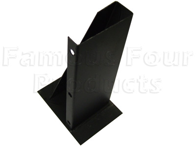 Picture of FF000426 - SWB Rear of Fuel Tank Outrigger