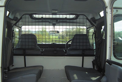 FF000490 - Dog Guard / Cargo Barrier - Land Rover 90/110 and Defender