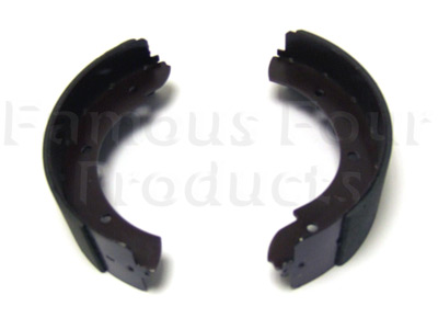 Picture of FF000935 - Handbrake Shoe Set