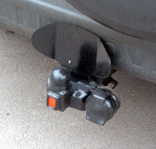 Bumper Protection Plate for Freelander fitted with 2-bolt towbar