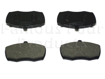 FF004602 - Front Brake Pads - Land Rover 90/110 and Defender