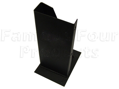 Picture of FF004979 - SWB Rear of Fuel Tank Outrigger