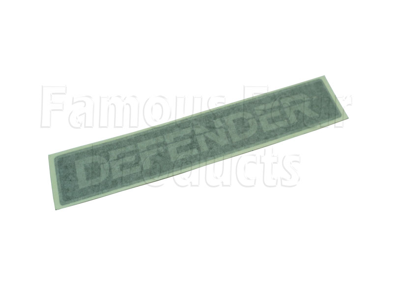 Picture of FF005159 - Badge - DEFENDER - Silver on Black