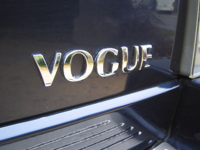 Picture of FF005563 - Tailgate Lettering VOGUE