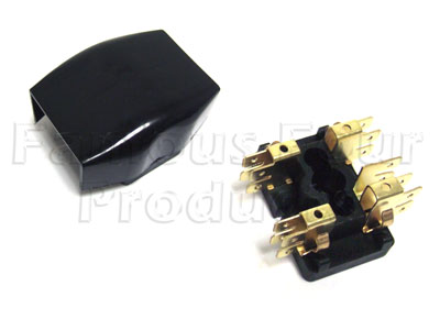 ff007218 fuse box (ff007218) for land rover series iia iii Land Rover Series IIA 109 at alyssarenee.co