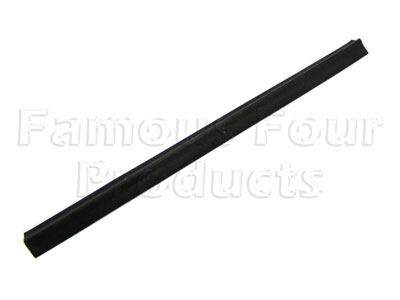 FF007414 - Rear Drop Down Tailgate Side Seal - Land Rover Series IIA/III