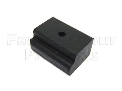 FF007415 - Rear Tailgate Rubber Buffer  - Land Rover Series IIA/III