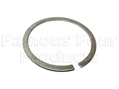 Picture of FF007698 - Circlip for Rear Wheel Knuckle Bush