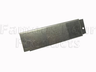 FF008476 - 110 Rear Sill - Land Rover 90/110 and Defender