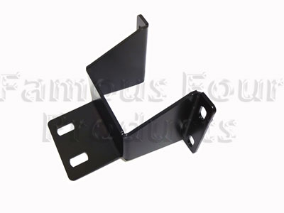 FF011399 - Body Mounting Bracket - Rear Underbody to Chassis - Land Rover 90/110 and Defender