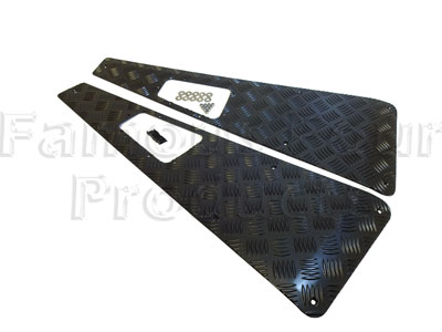 90/110 Chequerplate Wing Top Treadplates - 90/110 and Defender